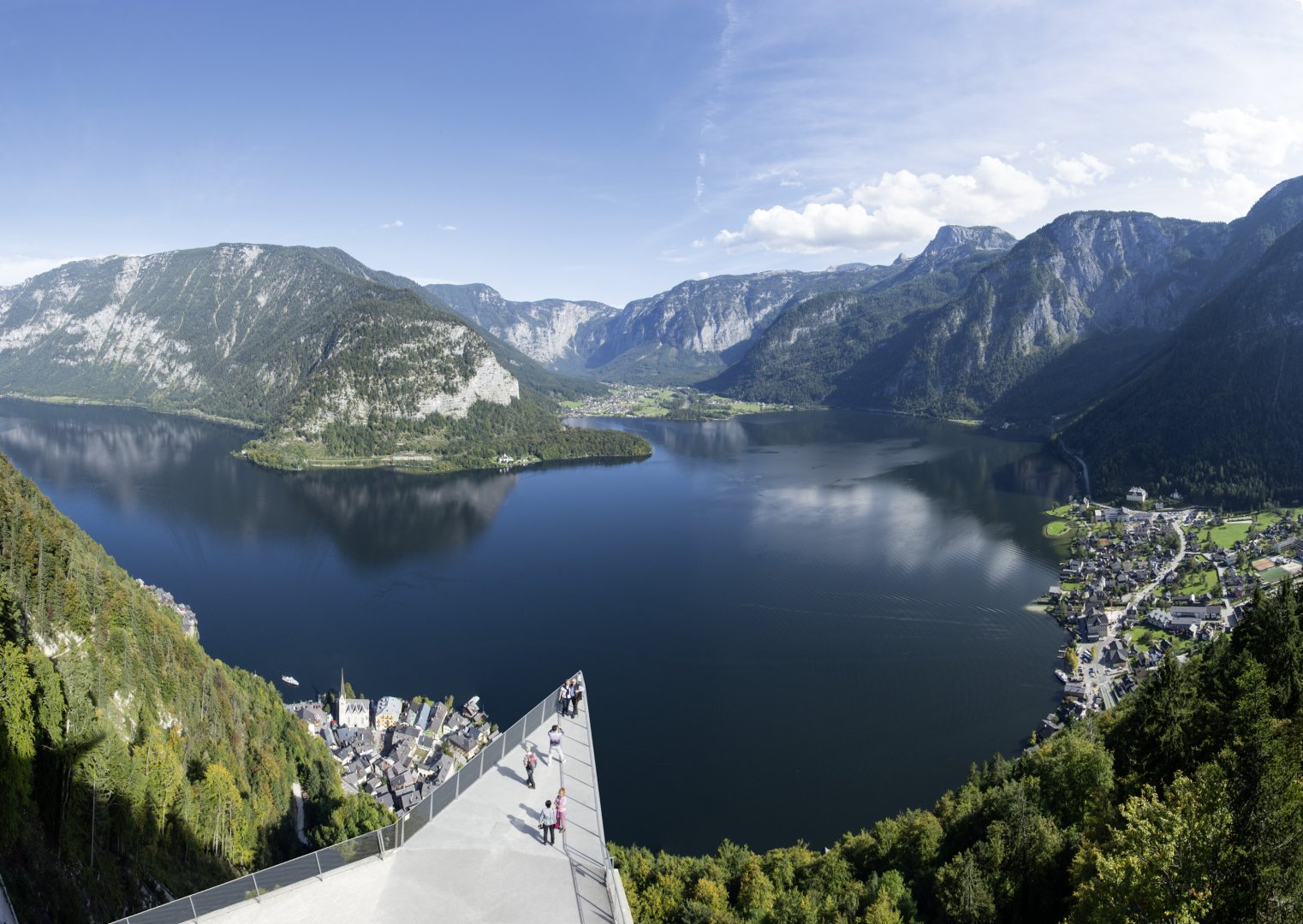 Our absolute VIP Tour. Experience Hallstatt like no other. See what others don't get to see.